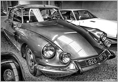 1967 Citroen DS 19A (poetry66661) Tags: monochrome car french citroen ds hdr