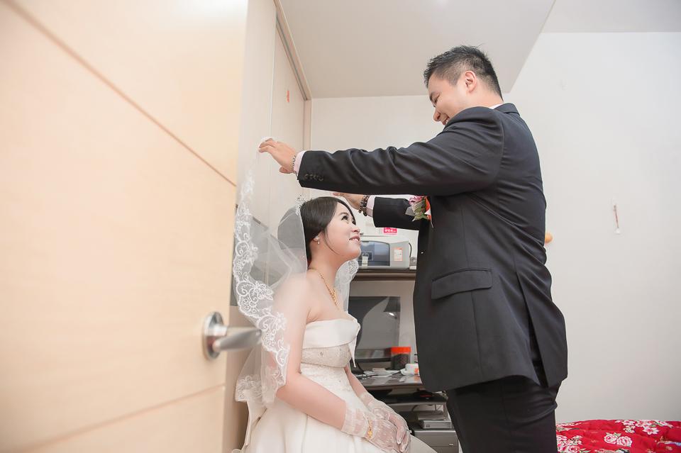 15899789457 bf8580358a o [高雄婚攝]J&J/香蕉碼頭海景宴會廳