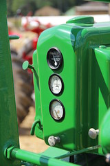 IMG_5223 (popo40lv) Tags: old rouge  vert case jd nuage farmall johndeere ih ancien mccormick bl lancienne a crales