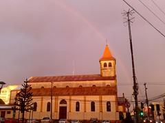 Arcoirirs - Iglesia (Constanza Romero L.) Tags: chile sunset church rain arcoiris landscape atardecer lluvia rainbow iglesia samsung paisaje
