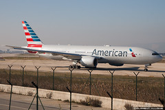 American Airlines Boeing 777-223(ER) cn 30264 N756AM (Clment Alloing - CAphotography) Tags: barcelona sky cn canon airplane airport aircraft bcn flight engine ground off aeroplane landing american 7d take boeing airways airlines balcon aeropuerto spotting t1 barcelone 100400 30264 07l lebl 25r 777223er n756am