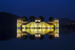 Jal Mahal Palace - Close Up (Rajesh Vijayarajan Photography) Tags: longexposure reflection palace rajas jaipur rajasthan afterdark jalmahal mansagarlake symmetricity rajeshvijayarajan nikond7000 rajeshvijayarajanphotography rajeshvj