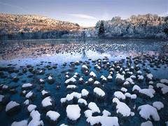 (Gnome invisible) Tags: winter lake snow france ice landscape jura l paysage canon1740f4 canon5dmarkiii