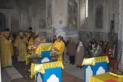 175. Первая архиерейская служба в Кармазиновке 2008 г