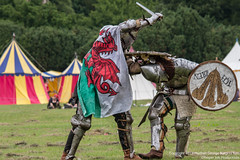 The Welsh Knight & Ich Dien Knight (Proper Job Productions) Tags: berkeley fight knights conflict knight swords armour nations skirmish recreationist berkeleyskirmish conflictofnations