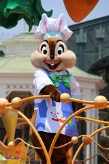Hippity-Hoppity Springtime (sidonald) Tags: tokyo disney parade chip tokyodisneyland tdl  tdr tokyodisneyresort     hippityhoppityspringtime disneyseaster2016