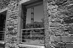 Chambre avec vue/A room with a view (bob august) Tags: bw canada blackwhite juin nikon montral noiretblanc stones qubec vieillespierres oldnew ahuntsic d90 montreal nikond90 nikkor18300mm parcdeliledelavisitation aperture3