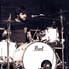 Drumming (kristin.mockenhaupt) Tags: show music stage drummer musik trommel bühne auftritt traumzeit schlagzeuger