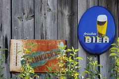 Im Sommer - in summertime (Bernd Kretzer) Tags: sommer summer werbung advertisement bier beer nikon afs dx nikkor 55300mm 14556g ed vr