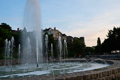 DSCF1767 (kuzdra) Tags: city sunset sky france fountain ciel fontaine  jetdeau angers   couchedesoleil