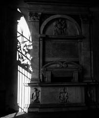 Gate of shadows (Robert Barone) Tags: blackandwhite italy rome roma blancoynegro italia shadows commute biancoenero