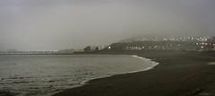 niebla en la playa de Km3 (Mauro Esains) Tags: patagonia costa luces muelle mar playa comodoro industria aire niebla rivadavia ypf tanques combustible
