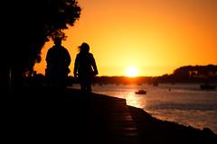 Sunset silhouettes! (_ranhada) Tags: sunset silhouettes orange sun people boats river riominho caminha portugal silhuetas trees walking sunsetcolors nikkorlenses manuallenses nikkor105mmf25