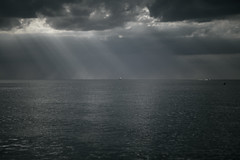 (onesevenone) Tags: onesevenone stefangeorgi germany deutschland rostock ostsee sunrays sunlight clouds