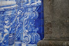 DSC04528 (nomiegirardet) Tags: porto portugal europe water douro bird goelan house old red sky river blue wine food wall angel faence azulejo azulejos church architecture