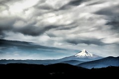 hoodie (rovingmagpie) Tags: oregon detroit triangulationtrail mountjeffersonwilderness mounthood painted weather clouds sky touregon summer2016
