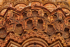 Delhi, Minarete de Qutur (Detalle) (raperol) Tags: 2012 50d airelibre arquitectura india minarete munumentos qutur street travel verano viaje