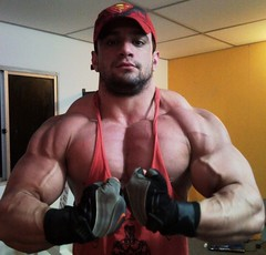 SNC00148 (davidjdowning) Tags: men muscles muscle muscular bodybuilding buff bodybuilder biceps