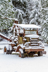 Old-Tow-Truck-Snow (Rob Green - SmokingPit.com) Tags: christmas trees winter snow art forest truck canon vintage cards is washington woods iron rustic scenic vehicles evergreen rainier 7d wa motor usm snowfall mtrainier ashford greeting tow f4 elbe 70200mm