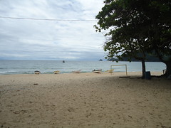(Ruan Campos) Tags: praia azul mar barcos