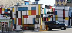 Piet Mondrian (jmaxtours) Tags: ontario niagarafalls cliftonhill nf pietmondrian niagarafallsontario cliftonhillniagarafalls compositioniiinredblueandyellow