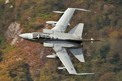 TAL Y LLYN (Dafydd RJ Phillips) Tags: royal air force raf marham panavia tornado gr4