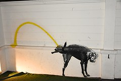 Bangkok, street art. (Tungmay Pimjoy) Tags: street dog art thailand paint bangkok