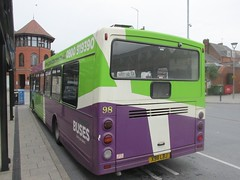 Ipswich Buses 98 X98LBJ Old Cattle Market Bus Stn, Ipswich (1280x960) (dearingbuspix) Tags: 98 ipswichbuses x98lbj