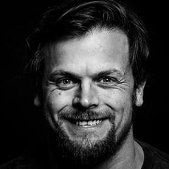 Portraitchallenge Tag 1 - Selbstportrait (Arne Bo) Tags: portrait selfportrait selbstportrait challenge schwarzweis