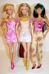2012 Fashion Pack #W3174 (Rojo_C) Tags: fashion barbie pack fashionistas