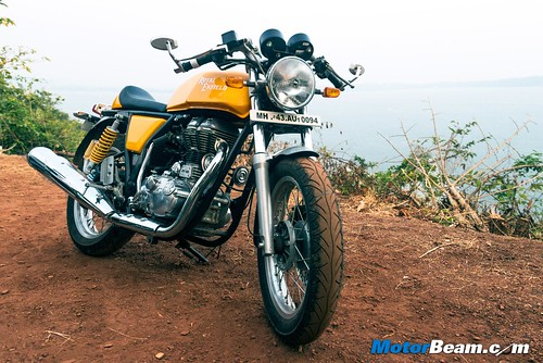 2015-Royal-Enfield-Continental-GT-09