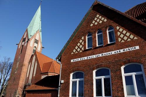"Lutherkirche Soltau 2015 (08) • <a style=""font-size:0.8em;"" href=""http://www.flickr.com/photos/69570948@N04/15680339834/"" target=""_blank"">Auf Flickr ansehen</a>"