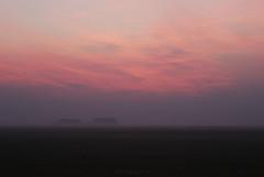 piccole speranze laggiù (notime4pix) Tags: ca winter sunset mist fog landscape countryside nikon tramonto campagna nebbia inverno paesaggio d60 caorle corniani