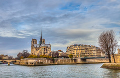 From the Seine (jaumedarenys) Tags: paris france hdr tardor laseine desembre 2011 ntredame eos5d