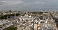 Paris, la Tour Eiffel (Fabinambule) Tags: paris canon latoureiffel 75 lelouvre ladfense pontdesarts fabienensarguex