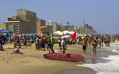 2016 Steel Pier Surf Classic  surfing longboard Virginia Beach Va. (watts_photos) Tags: classic beach virginia pier sand surf steel surfing va surfboard longboard oceanfront 2016