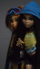Tora says WTF)) (dancingmorgana) Tags: monster de dead high doll nile tired cleo monsterhighdoll toralei