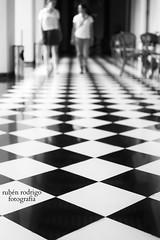 Tourists (Mister Blur) Tags: girls blackandwhite 35mm mexico casa nikon floor bokeh yucatan tourists depthoffield pointofview merida domino 18 montejo d7100