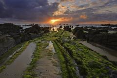 Barrika, sun set (Luis R.C.) Tags: paisajes mar nikon playa paisaje bilbao viajes vizcaya marinas barrika d610