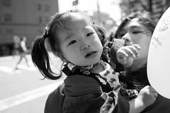 Kobe Kobe Festival 148 (momoto0) Tags: street portrait bw canon eos blackwhite 28mm 5d usm monochrom f18 markii ef28mmf18 eos5dmarkii