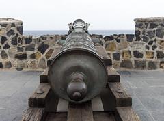 Cannon in Peurto De La Cruz Fort - Tenerife (Piotr Kowalski) Tags: oldharbour ofrt pirates cannon peurtodelacruz city kurort tenerife teneryfa hiszpania espania spain island