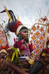 Goroka Show 32 (travelationship) Tags: travel travelationship travelphotography papuanewguinea png gorokashow goroka easternhighlandsprovince singsing tribe culturalshow