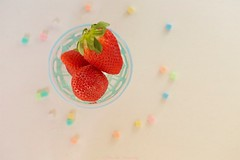 37/52 - Tiniest of details (keikoellis) Tags: macro10028f canon6d canon photo52 strawberry foods macro stilllife details borderfx