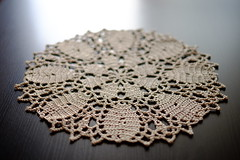 """Queen Bee"" doily (Laura Simeone) Tags: crochet handycraft handmade crocheting natural colour decor fabric"