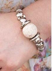 5th Avenue White Bracelet K2 P9410A-2