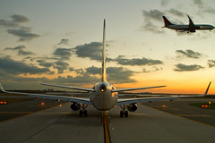 B6.A321.N942JB.2014-11-12.KJFK-A321-231.c-r (320-ROC) Tags: newyorkcity delta jfk airbus jetblue a321 boeing737 deltaairlines jetblueairways airbusa321 a321231 kjfk airbusa321231 newyorkjfkairport newyorkjohnfkennedyinternationalairport n942jb