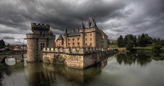 Château La Clayette - before the tempest