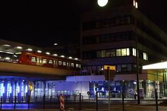 ET 423 der S-Bahn Kln im Essener Hbf (Vitalis Fotopage) Tags: deutschland essen s kln db alstom bahn et rhein hbf ruhr deutsche bombardier pnv vrs s6 422 vrr
