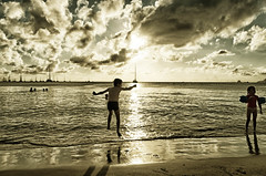 Mathias on the beach (Toniofoto) Tags: de soleil martinique coucher jour contre antilles