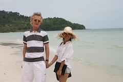 2016-03-09 Phu Quoc Island, Vietnam014 (HAKANU) Tags: sea beach beautiful smile hat smiling lady female island sand asia stripes shoreline beachlife vietnam phuong wife strawhat hkan phuquoc phuquocisland hkanuragrd uragrd wifeah